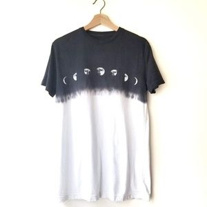 Altru | Urban Outfitters | Moon Phases Tie Dye Tee